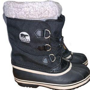 Sorel Women's Black Winter Carnival Boots Size 6
